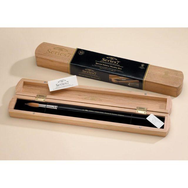 Image of Winsor & Newton Series 7 Kolinsky Sable Brush - No.8 - Wood Box