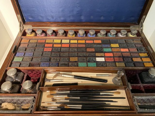 Artists using Winsor & Newton materials